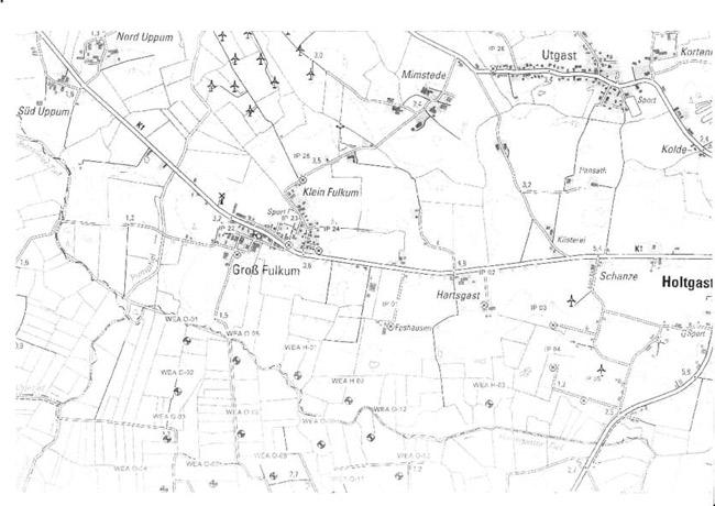 """Planungsskizze Windparks Hartsgaster Tief, Gemeinde Holtgast, LK Wittmund/NDS: Diagonal durch die Skzizze verläuft das Gewässer """"Hrtasgaster Tief"""". Nördlich davon liegt Holtgast, südlich davon Ochtersum. Die scwarz-weißen Kreise sind die geplanten WEA. Man beachte die Nähe der Wohnbebauung!"""