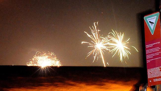 Feuerwerk an einen Naturschutzgebiet, Symbolfoto (C) Eilert Voß